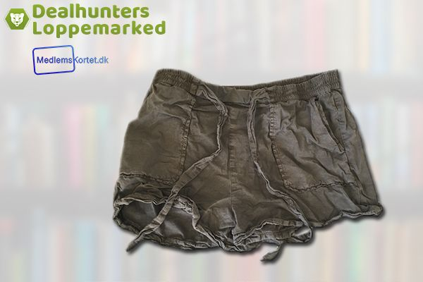 Stradivarius Dameshorts (Gratis for medlemmer)